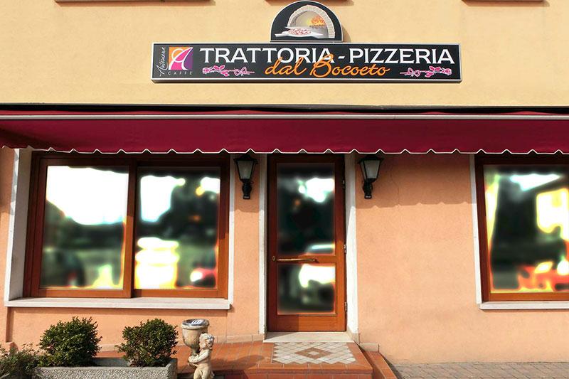 Entrata Trattoria Pizzeria Dal Bocoeto